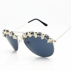 Okulary przeciwsłoneczne steampunk z ozdobnymi metalowymi czaszkami