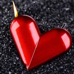 Obrotowa zapalniczka do papierosów w kształcie serca