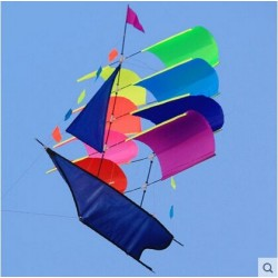 Vliegend piratenschip - zeilboot - vlieger