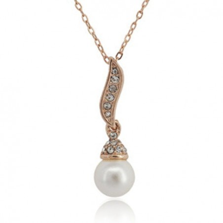 Crystal angel wing with pearl - necklace
