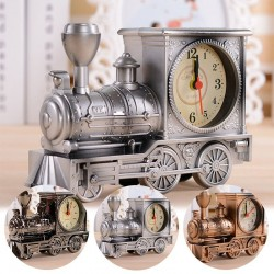 Vintage pociąg z zegarem
