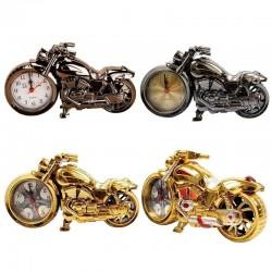 Motocicleta vintage con reloj