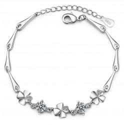 Elegancka bransoletka z czterolistną koniczyną i kryształami - srebro próby 925