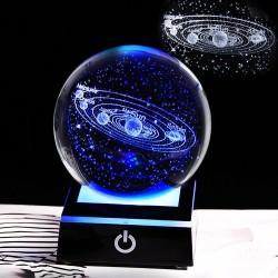 3D-Globus mit 8 Planeten - Kristallkugel mit Sockel - lasergraviert - LED-Nachtlicht - 8cm