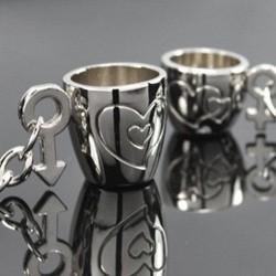 Copas de corazón grabadas - llavero para parejas - 2 piezas