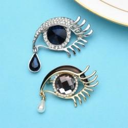Waterdrop crystal eye - brooch