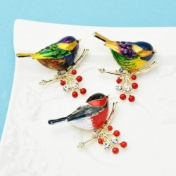 Bird sitting on branch -...