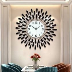 Moderne Wanduhr - Sonnenform - mit Kristalldekoration - 38 * 38cm