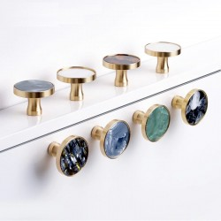 Brass furniture knobs /...