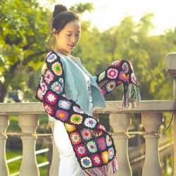 Floral tassel scarf -...