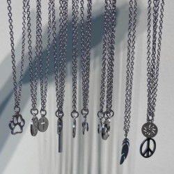 Stainless steel necklaces - sun / compass/ paw / yin yang