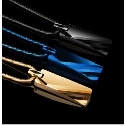 Collier avec pendentif de tungstène