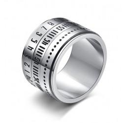 Bague en titanium aven chiffres arabes et calendrier