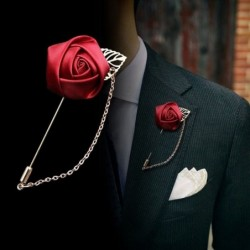 Golden brooch with rose / chain - unisex