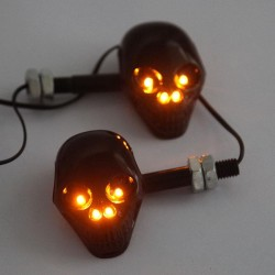 12V Zwarte motor scooter schedel skull LED knipperlicht richtingaanwijzing 2 stuks