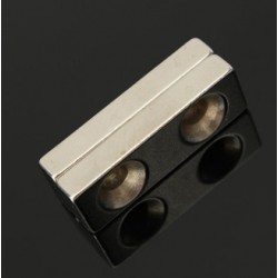 N35 Neodymium Magnet Strong Block Countersunk With 2 - 4mm Hole 30 * 10 * 5mm