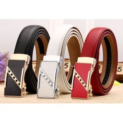 Fashionable leather belt - with automatic crystal buckle
