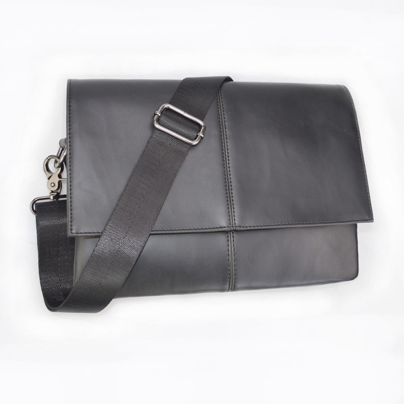 Men's Casual Briefcase Business Shoulder Leather Bag