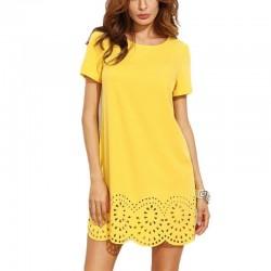 Żółta Dziurkowana Mini Sukienka Z Krótkim Rękawem