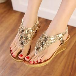 Sandalias bajas con cristales