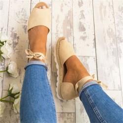Flache sandalen mit knöchelriemen