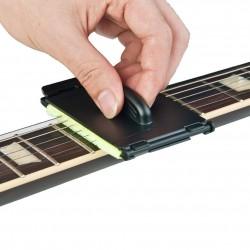 Limpiador de cuerdas de guitarra eléctrica