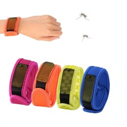 Mosquito repellent bracelet wrist band with refill pallets