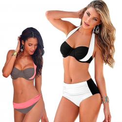 Bikini de ceinture baisse