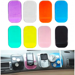 Universal anti-slip sticky pad for smartphone
