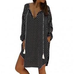 Mini sukienka w grochy z długim rękawem