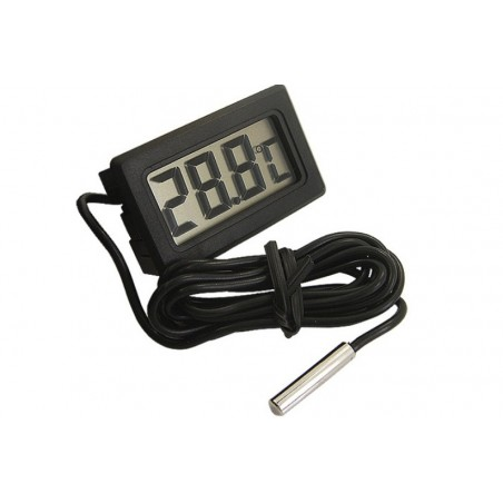 Digital Thermometer With LCD