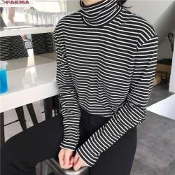 Le donne Dolcevita T Shirt Stile Coreano Harajuku Top A Maniche Lunghe A Righe Magliette e camicette