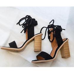 Sexy sznurowane szpilki - sandały na wysokim obcasie