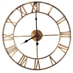 Reloj de pared de hierro con nùmeros romanos
