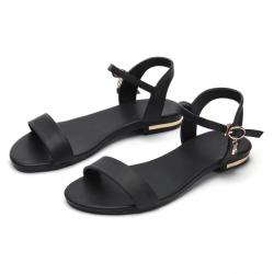 Płaskie sandały ze skóry naturalnej
