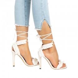 Sandales de talon haut avec rubans