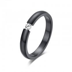 Elegancki pierścionek ze stali nierdzewnej z kryształem
