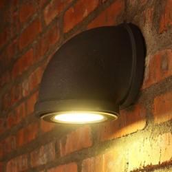 Żelazna rura - lampa ścienna