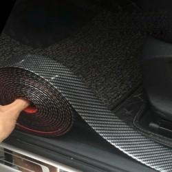 Striscia adesiva per auto in fibra di carbonio 5D - protezione del davanzale della porta