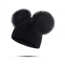 Children's winter hat with fur pompom