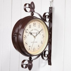 Reloj de parred estaciòn antigua doble