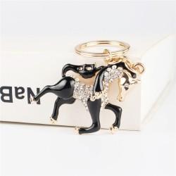 Czarny kryształowy koń - brelok do kluczy
