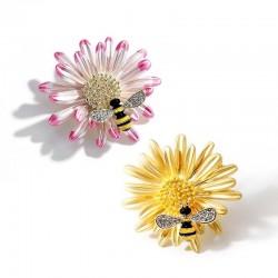 Kryształowa pszczółka i stokrotka - elegancka broszka