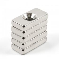 N35 Neodymowy Magnes Silny Blok Prostopadłościan Z 4mm Otworem 20 * 10 * 4mm 10szt