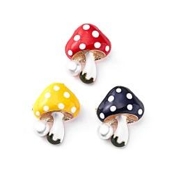 Elegante spilla con funghi e perle