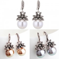 Vintage luxury earrings with crystal flower & pearl
